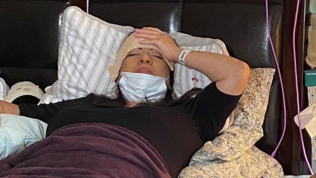 Chari Timm parla della fuoriuscita di liquido spinale dopo aver ricevuto il tampone nasale Covid.  (Foto SBG)