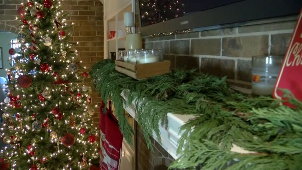 Recycling Artificial Christmas Tree In Abilene Tx 2021 City Of Austin Will Recycle Your Christmas Tree After The Holidays Into Compost For Free Keye