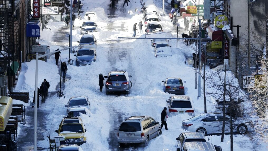 Icy Roads And Spotty Public Transportation After Blizzard2016 Kvii