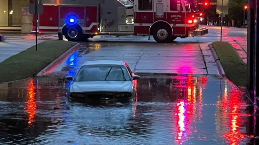 APD: Avoid these roads on Wednesday morning, flash flood warning in place
