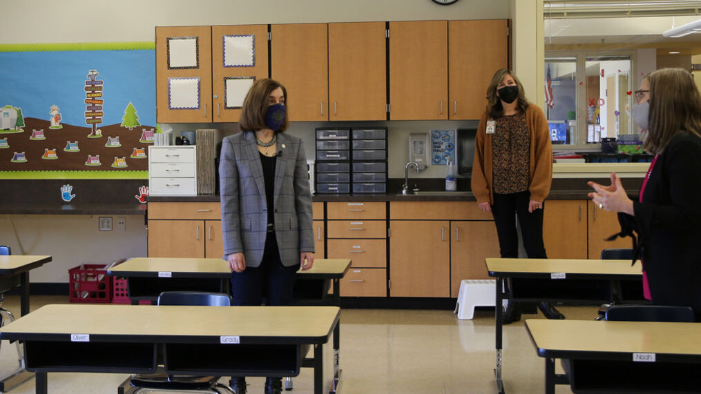 Oregon Gov. Kate Brown (center) stands in a classroom at Kalapuya Elementary School on Wednesday, Feb. 24, 2021 during a tour of the school. The Salem-Keizer School District has some students back for limited in-person instruction.  (Photo: Governor's Office)