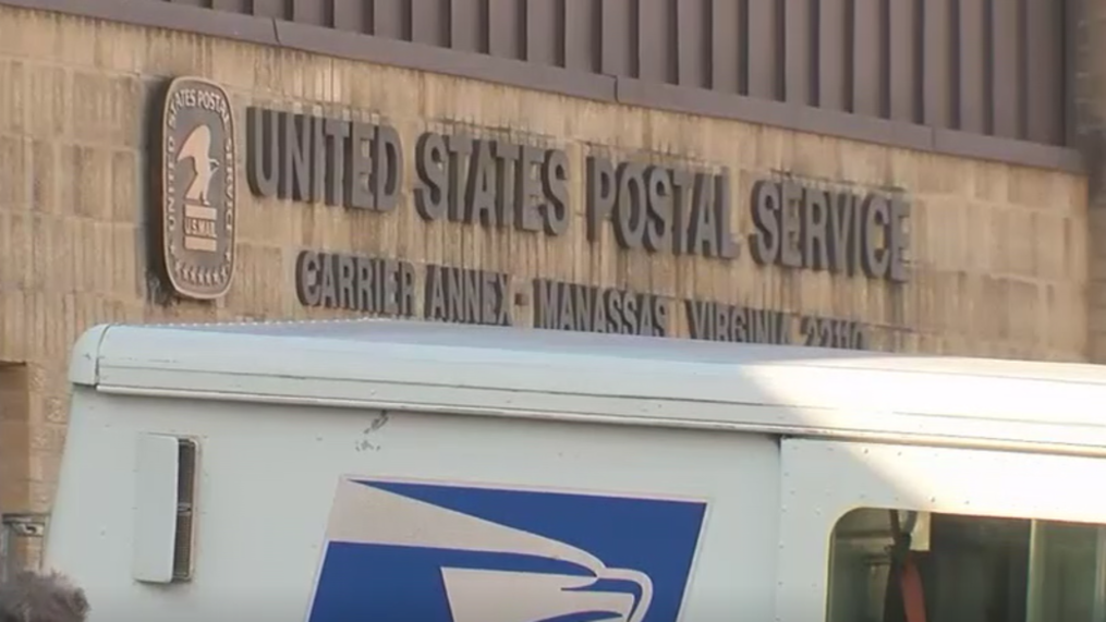 Postal Workers Claim They Re Targets After Reporting Issues At Va Post Office Wjla