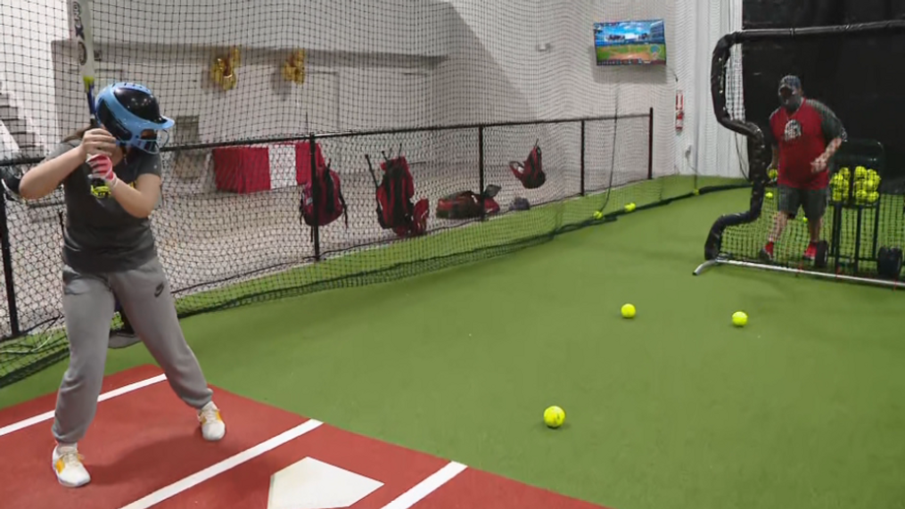 Former professional baseball player opens new indoor facility to help local athletes in Central New York