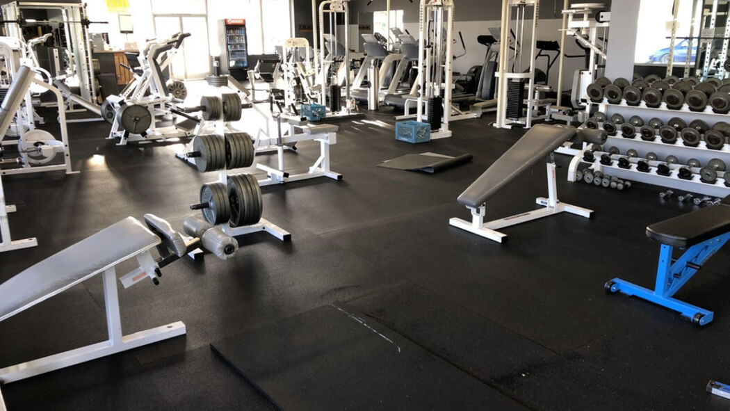 Coos Bay Gym Defies Governor S Order Remains Open During Freeze Kmtr