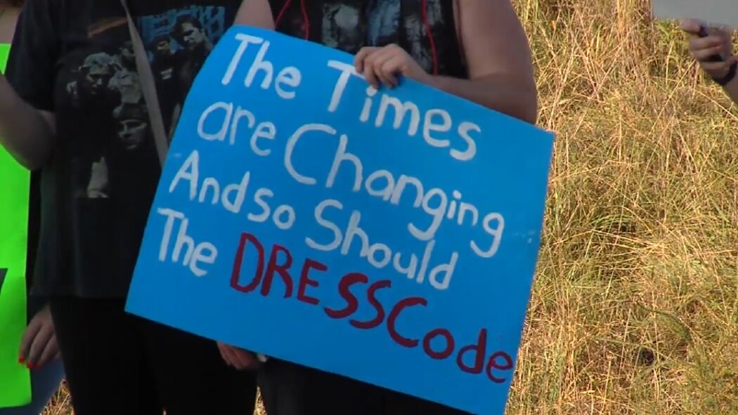 Students angry after being turned away from dance over dress code | WBMA
