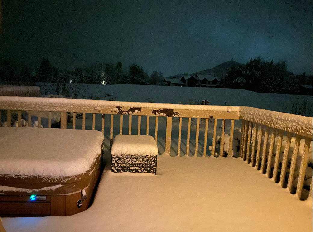Park City residents woke up to snow as the chilly weather blew through northern Utah this weekend. (Photo Courtesy of Matt Baydala)