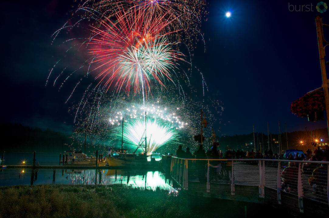 Adam Grunseth shared these photos of the fireworks over Florence, Oregon, on July 4, 2017, via CHIME IN.