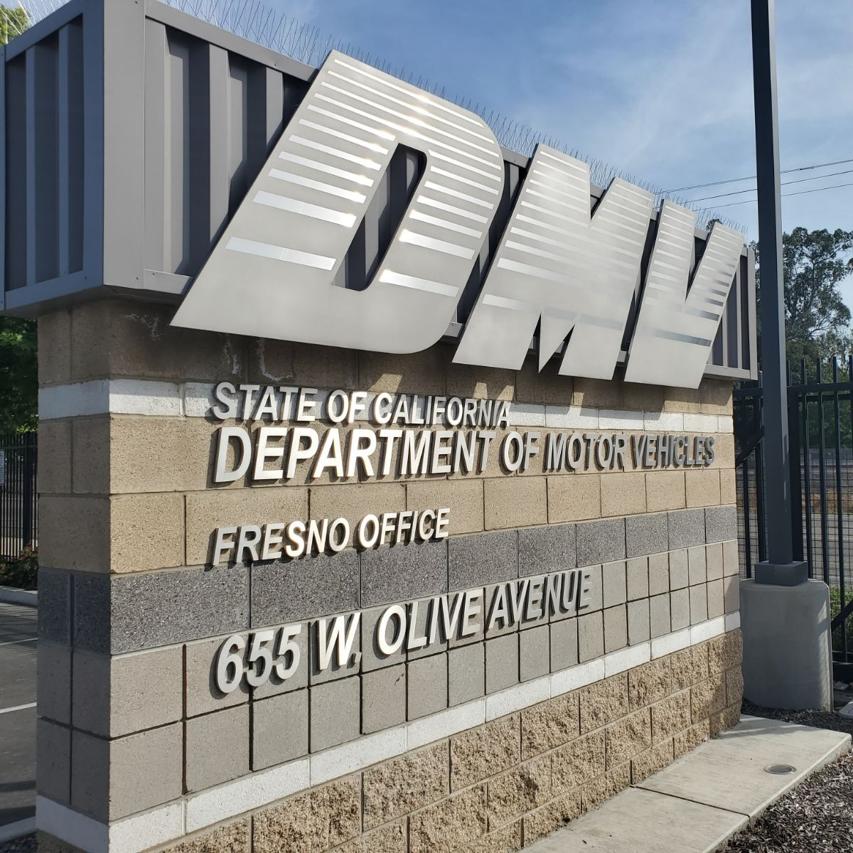 Select DMV locations open for business | KMPH