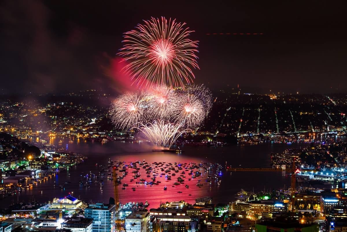 Seattle's fireworks show on July 4, 2016. (Photo: Tim Durkan Photography)