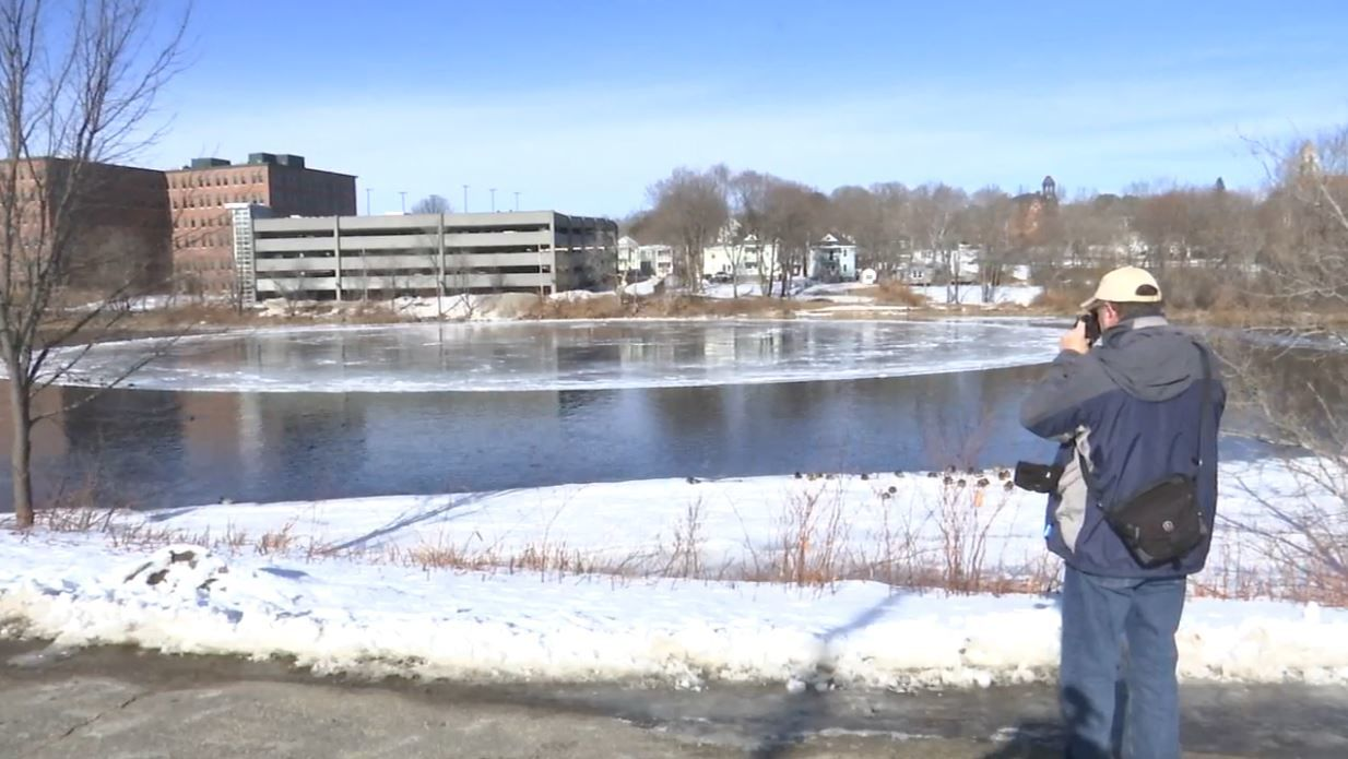 A sight that looks out of this world is getting international attention in Westbrook. (WGME)<p></p>