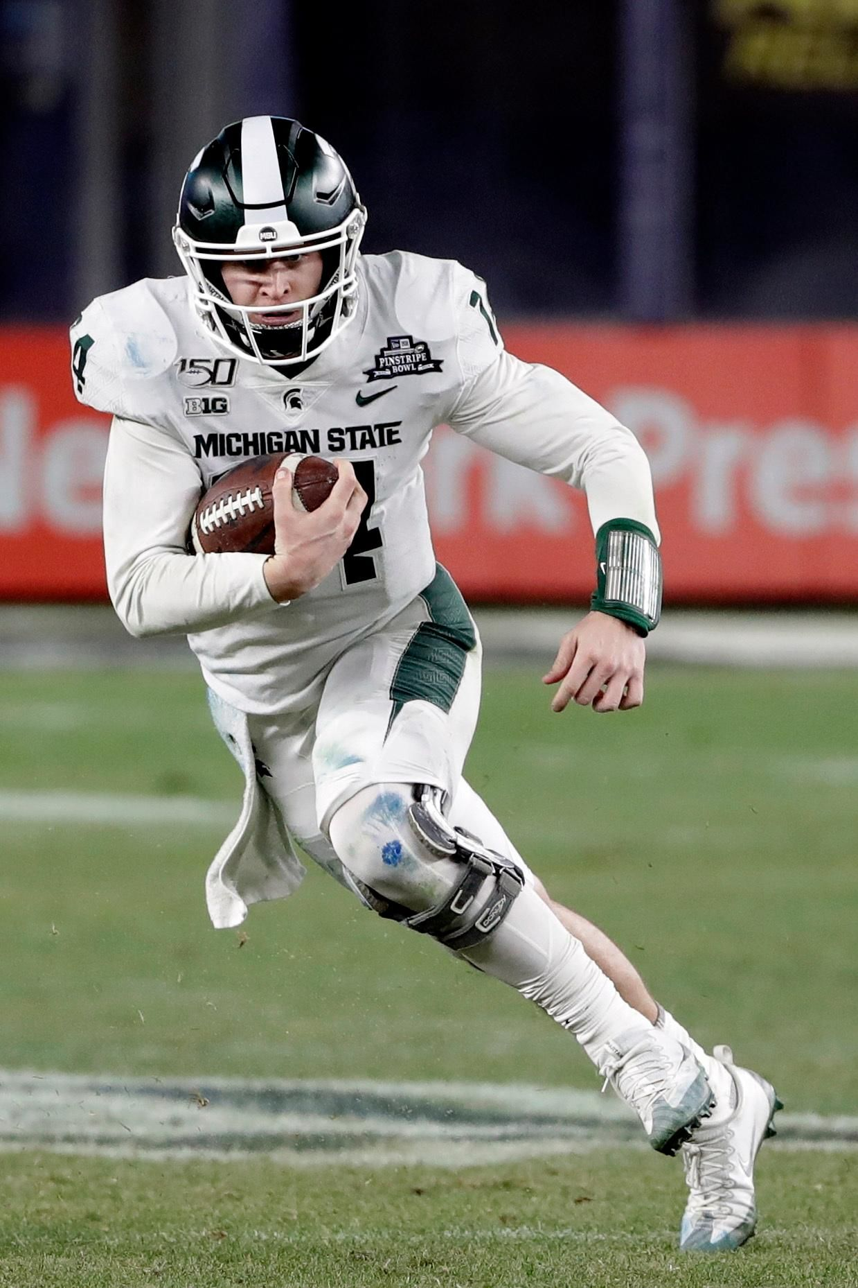 Michigan State beats Wake Forest 27-21 in Pinstripe Bowl ...