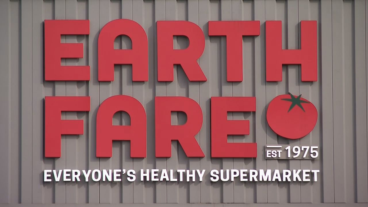 Earth Fare said it notified all employees of closings, but ...