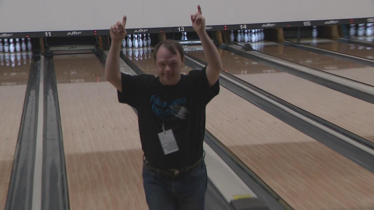 <p>Hundreds of bowlers from across the state gathered in Central Ohio this weekend for the Special Olympics State Bowling Tournament. (WSYX/WTTE){&nbsp;}<br></p>