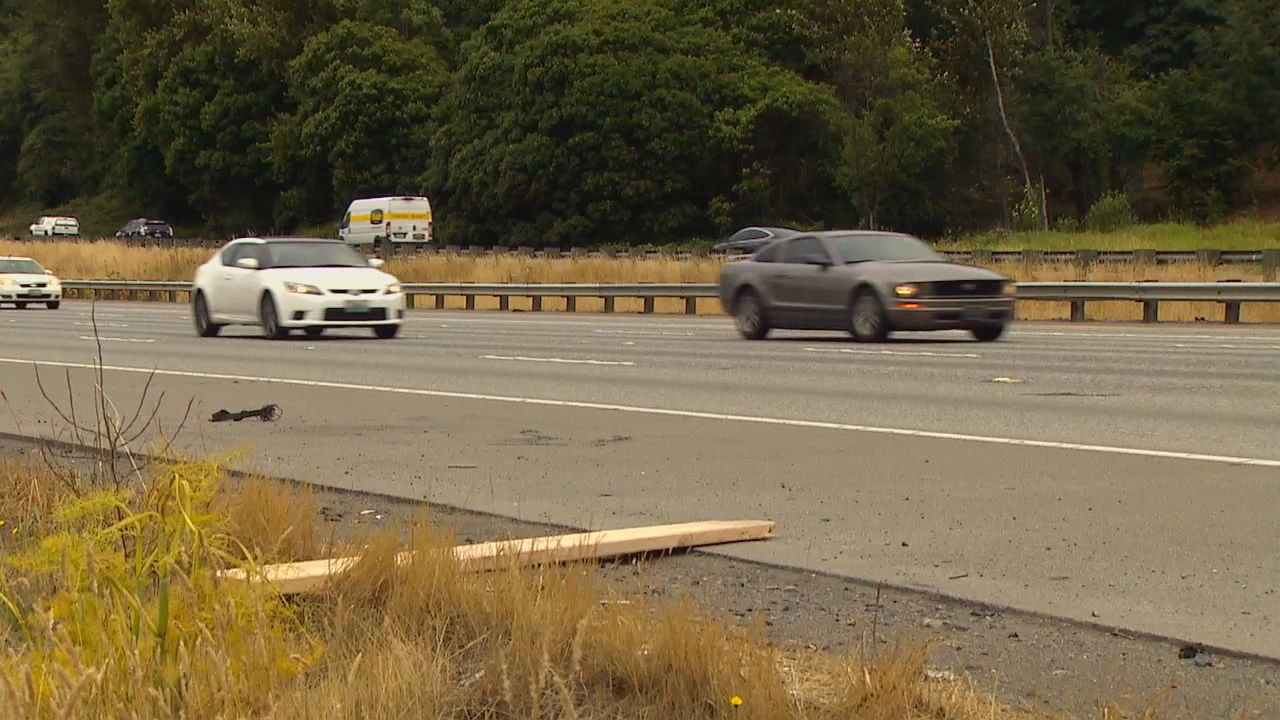 It's the law to secure your loads, WSP wants to remind drivers (KOMO photo)<p></p>