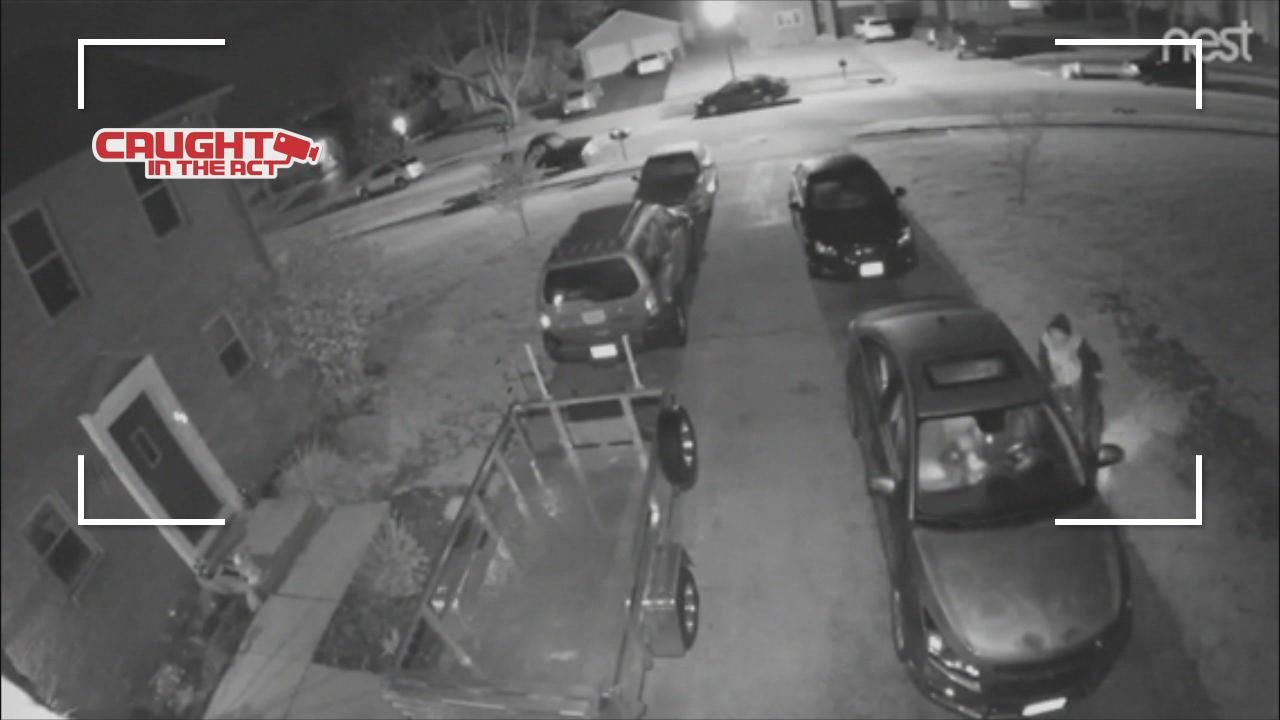 <p>North Columbus neighbors are taking back their streets to stop suspected crooks who have been busting into cars. (Courtesy: Viewer){&nbsp;}</p>
