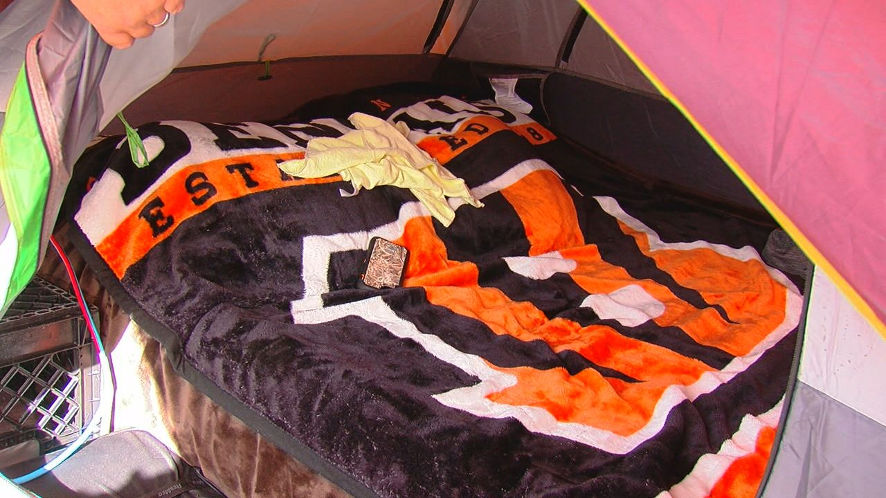 A die-hard Bengals fan is making a statement, camping out until the team is victorious. The business owner will live in a tent above his restaurant possibly until late December. (WKRC)