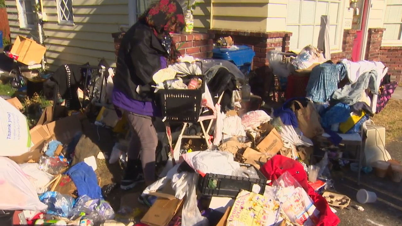 Ballard woman misses Monday deadline to clear massive mess (KOMO photo)