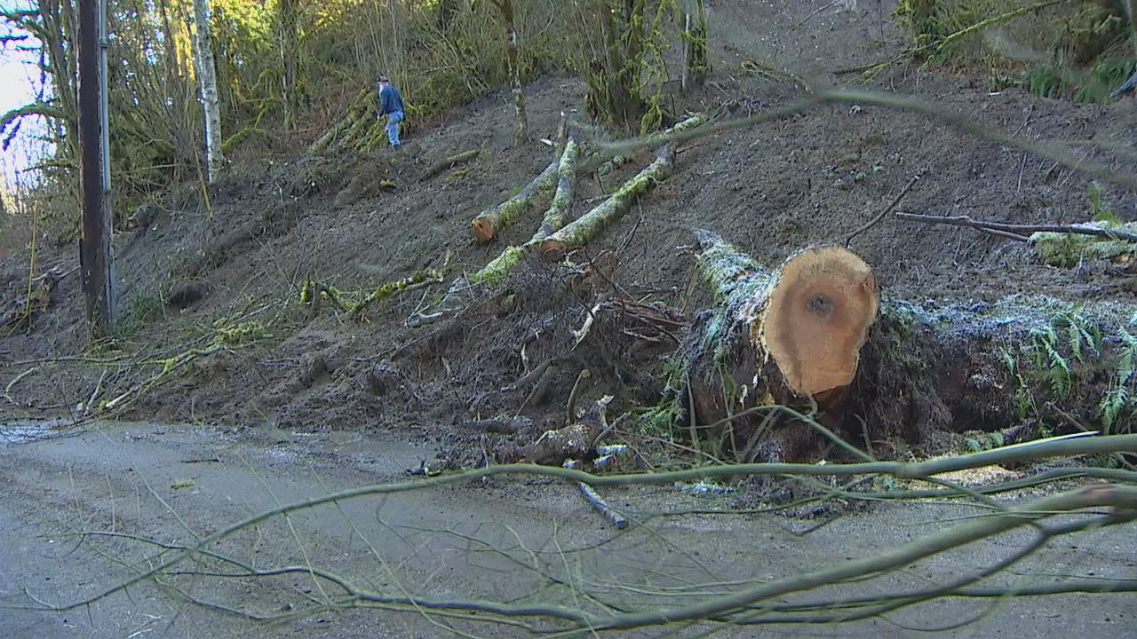 After a landslide isolated more than 100 Monroe residents two weeks ago - a temporary fix is in sight. (Photo: KOMO News)