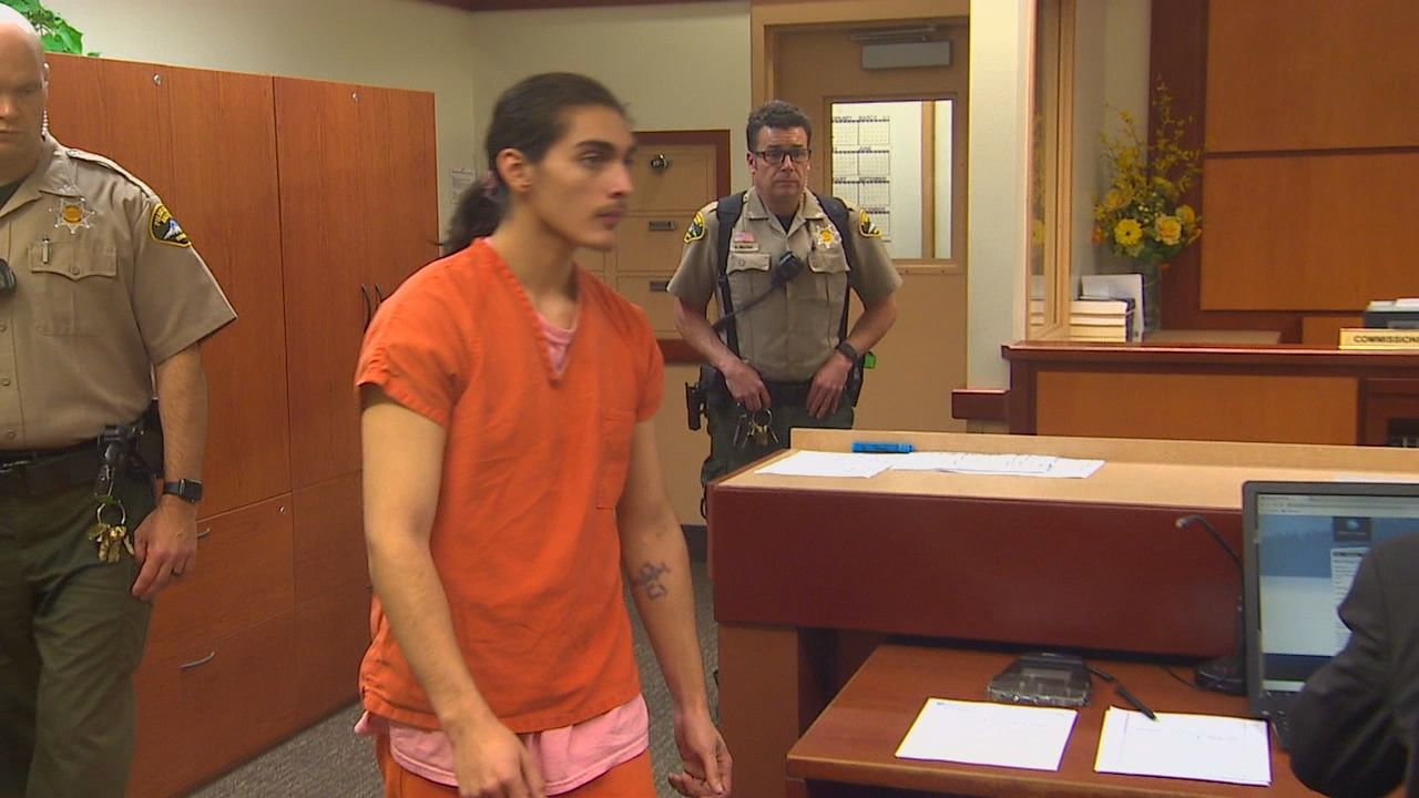 Bonifacio Alvarez Reynolds appears in court, facing a murder charge, for the first time. (KOMO News)