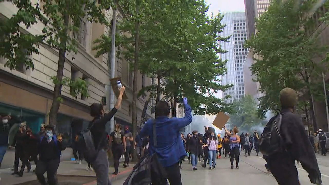 Protestors over the death of George Floyd have taken to the streets of Seattle again on May 31, 2020. (KOMO Photo)