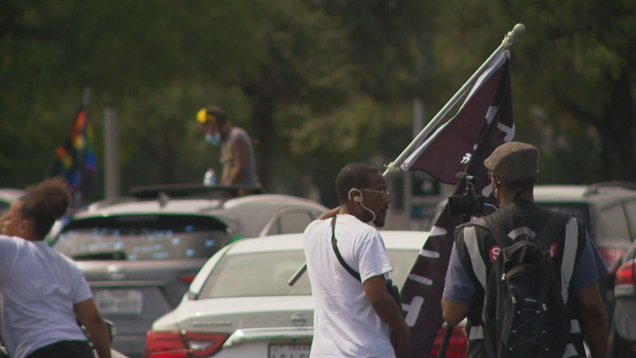 <p>Saturday's march, hosted by San Antonio Coalition for Police Accountability and Reform, was sort of a dual caravan and food drive. (SBG Photo)</p>