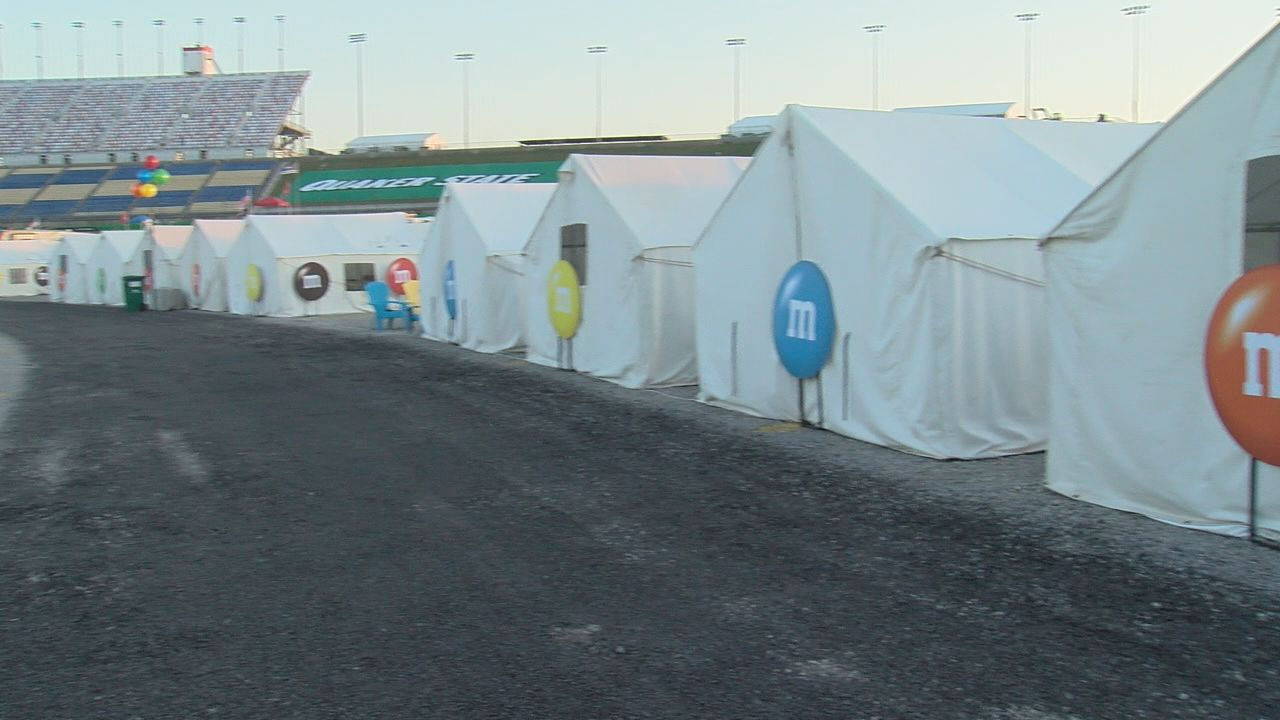 NASCAR fans can go 'glamping' at the Kentucky Speedway (WKRC)