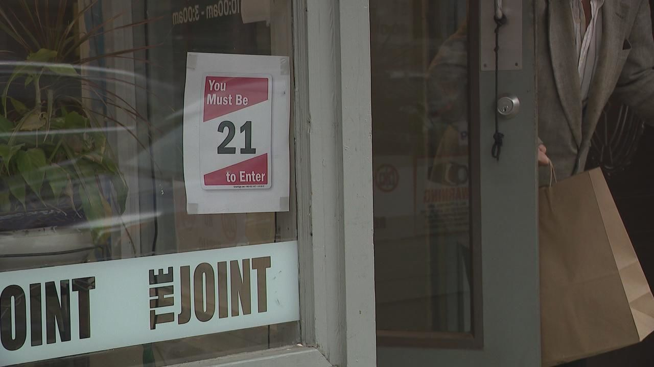 Starting October 17th, you will have to be 21 and over in order to buy tobacco products in Ohio (WSYX/WTTE)<p></p>