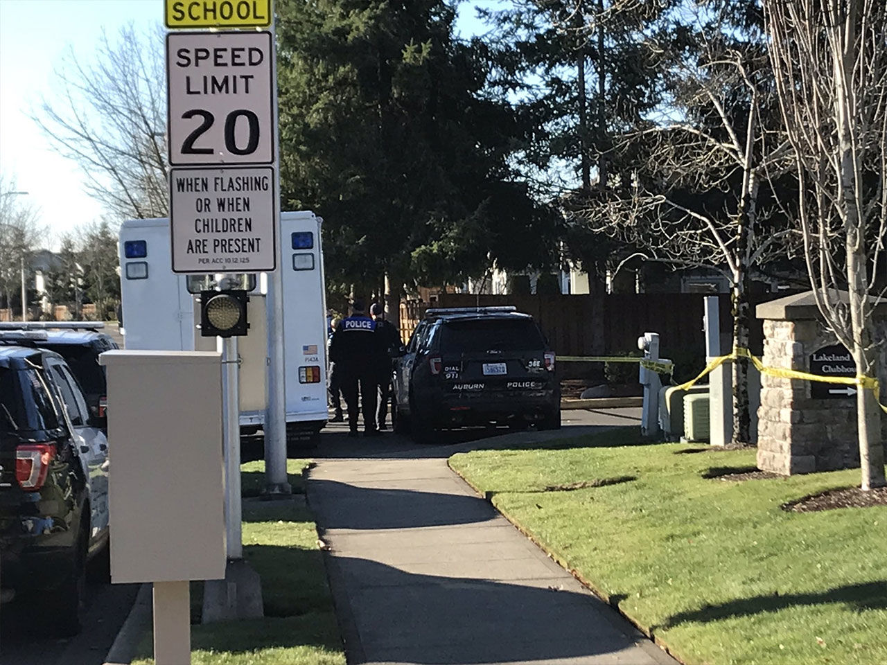 Police respond to the scene at the Lakeland Hills Community Center. (KOMO News photo)