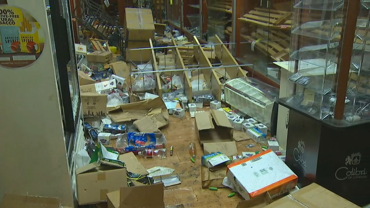 Looters damage businesses in Bellevue (KOMO Photo)