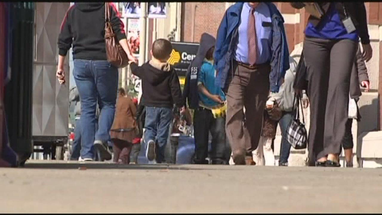 Ohio is doing a better job collecting child support payments and, as a result, more children living in poverty are getting the money they need. (WKRC)