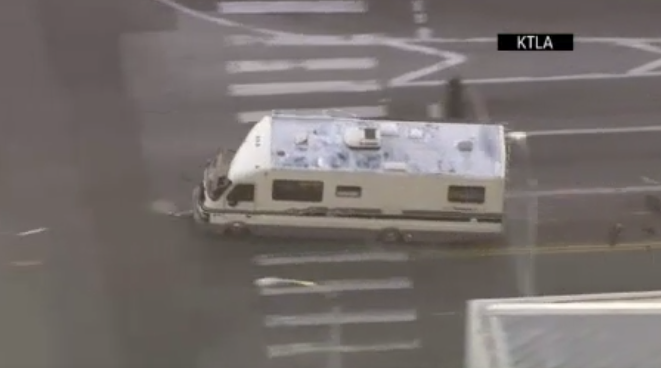 Wild chase of stolen RV ends with injuries in Los Angeles. (Photo: AP)