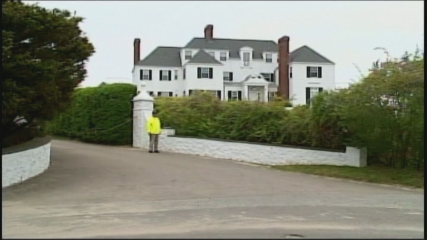 Taylor Swift's home on Bluff Avenue in Westerly (WJAR)