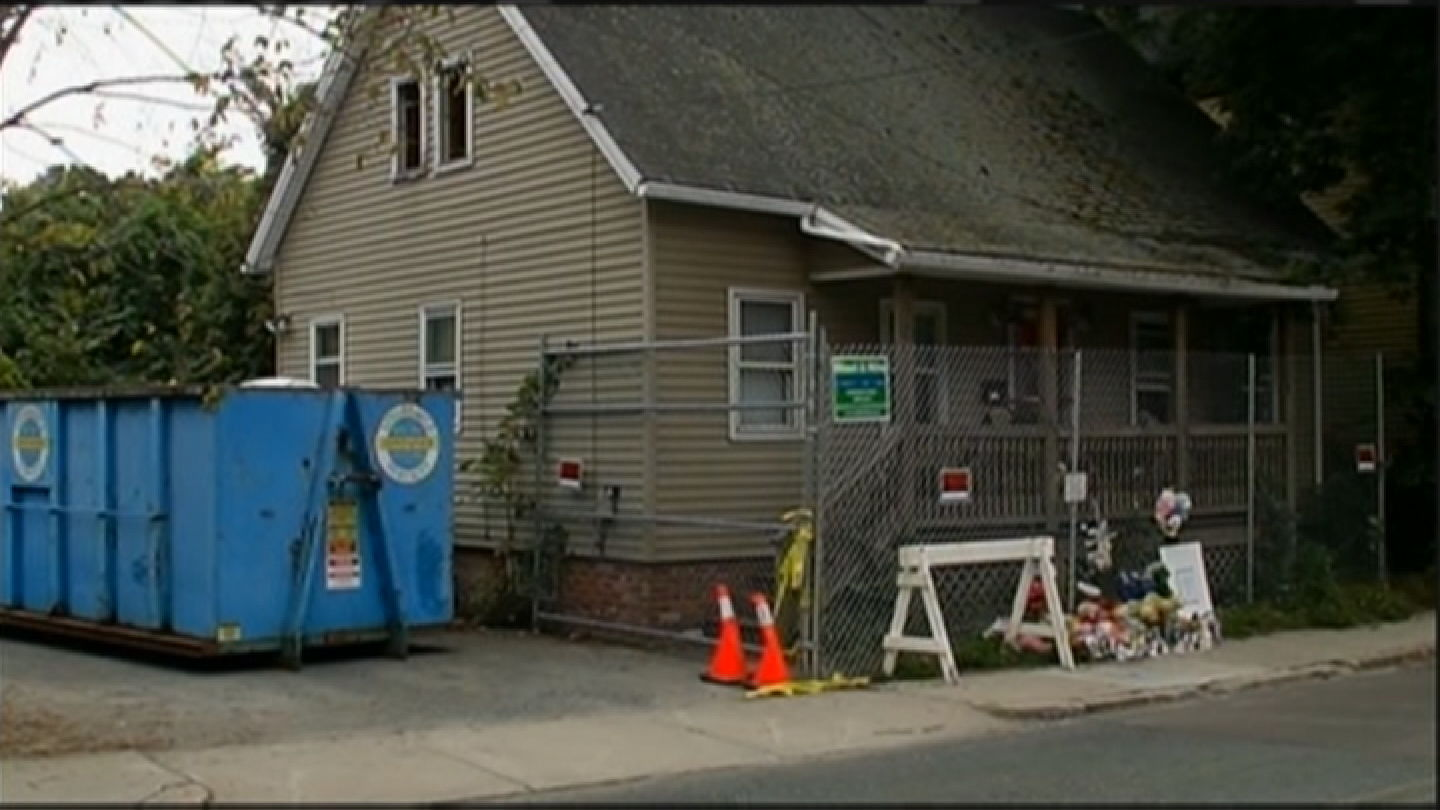 <p>Authorities said Erika Murray and four children lived in a filthy house in Blackstone, Mass. (WJAR)</p>