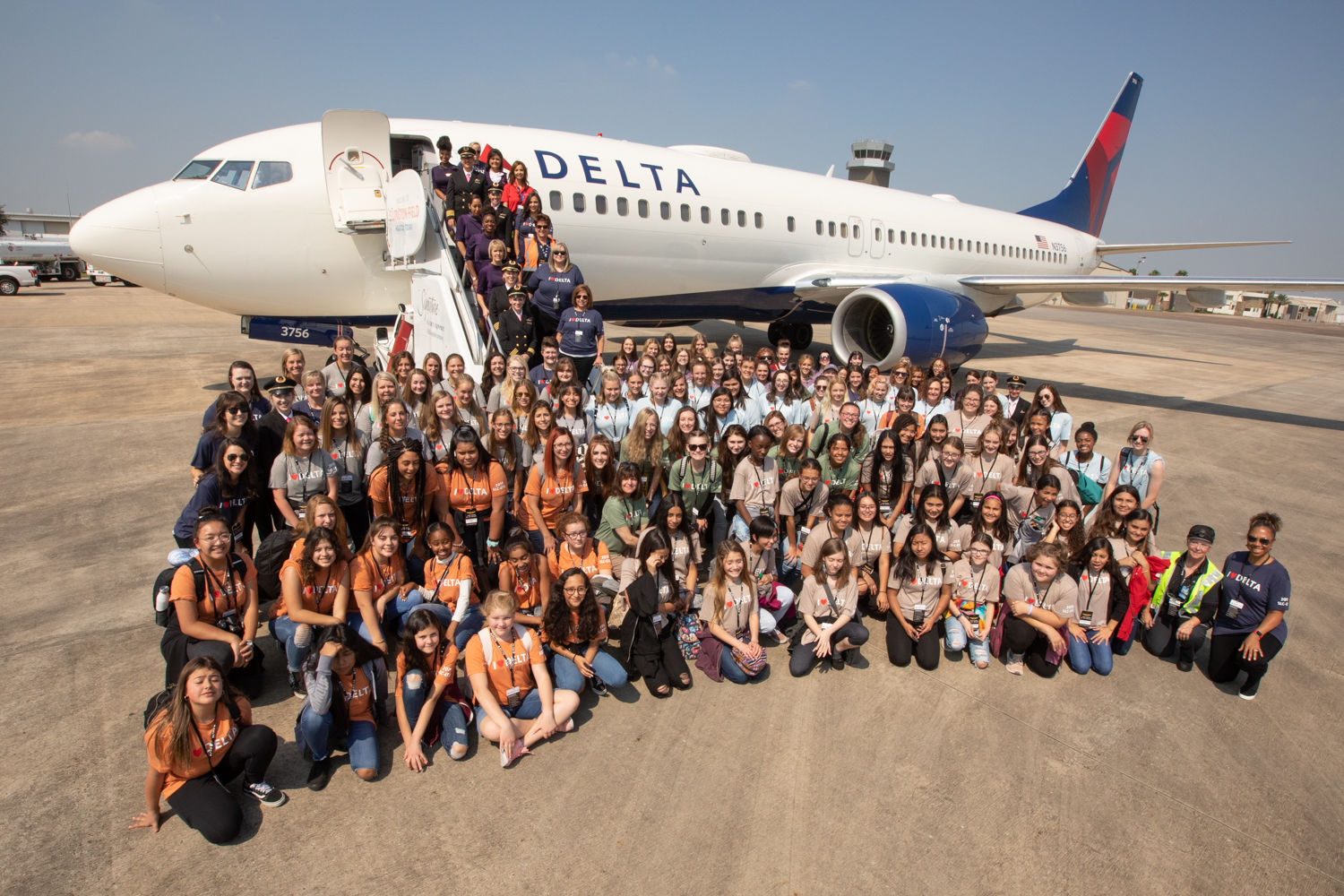 <p>The plane had an all-female pilot and flight crew, ramp agents, and gate agents on the ground, and women were in the control tower giving pilots instructions (Delta)</p>
