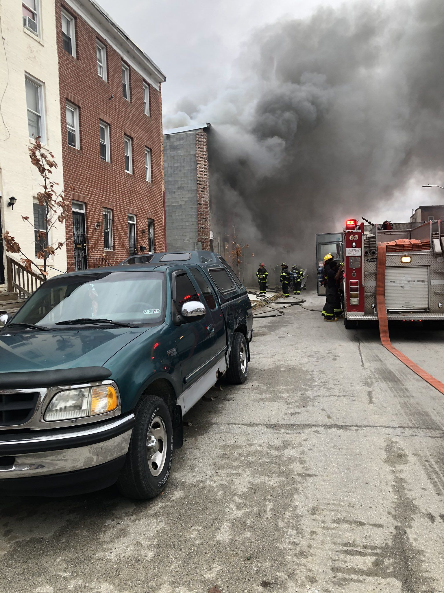 4+ fires reported in SW Baltimore (Submitted photo){ }