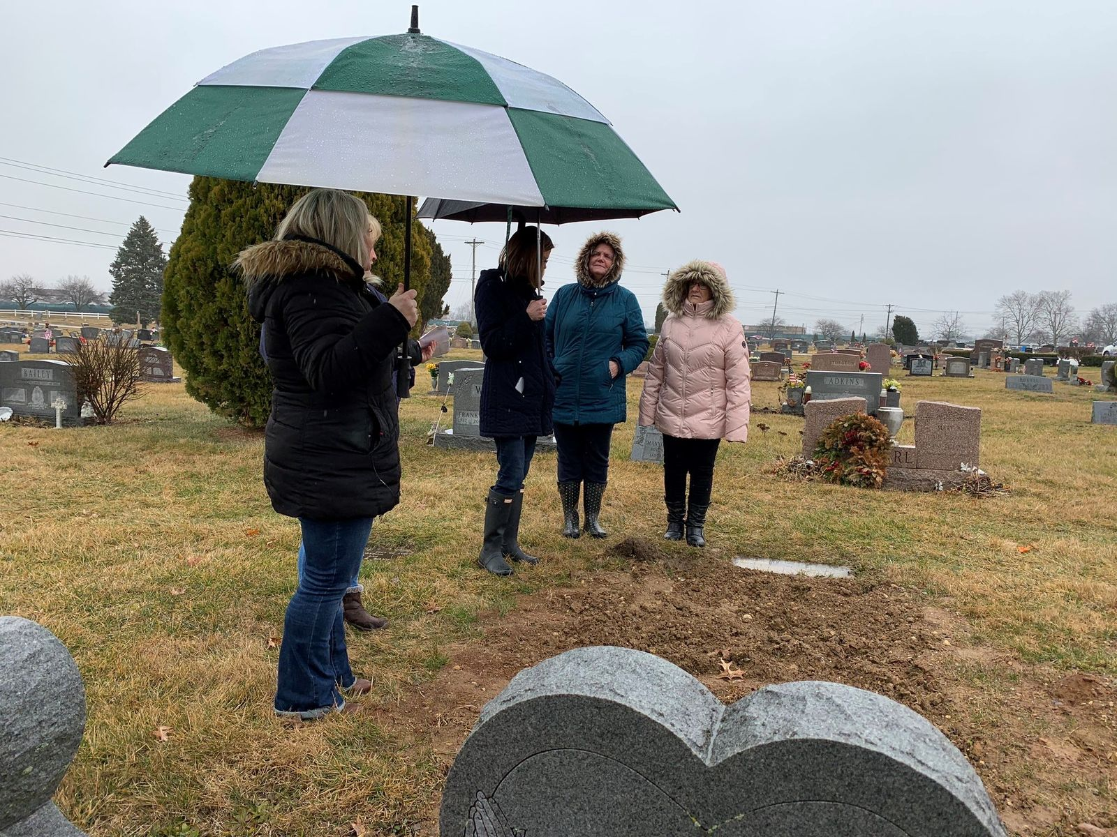 Imagine burying your loved one and then being told months later that they have to be dug up. It's a nightmare that has turned into a reality for one heartbroken family in Obetz. (WSYX/WTTE){ }