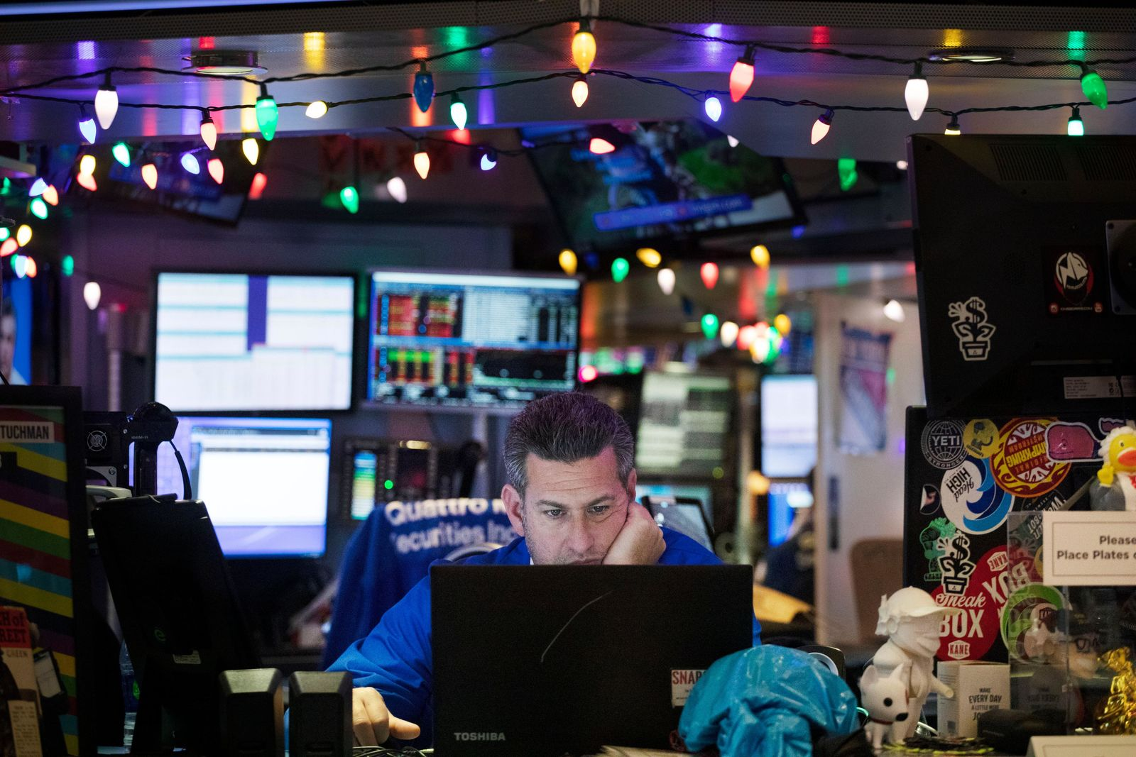 A stock trader works at the New York Stock Exchange, Tuesday, Dec. 3, 2019. (AP Photo/Mark Lennihan)