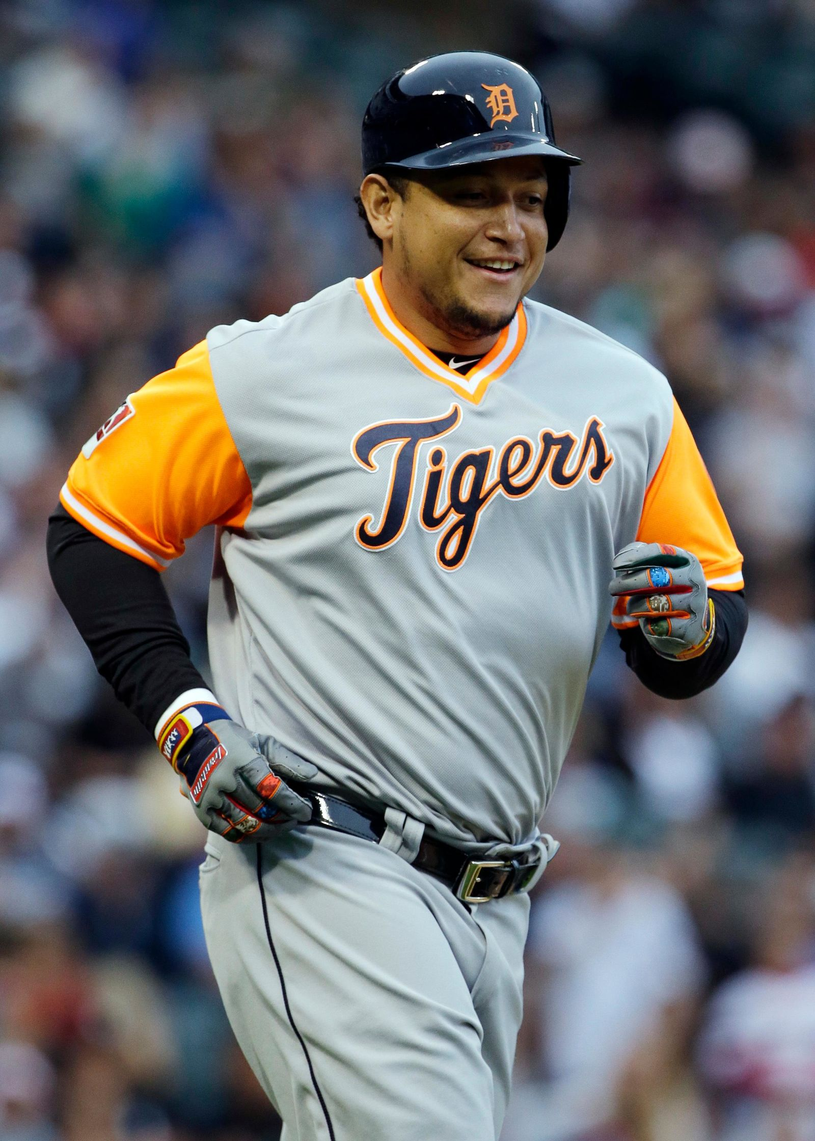 Say it isn't so! Miguel Cabrera out for rest of Detroit ... Miguel Cabrera Father