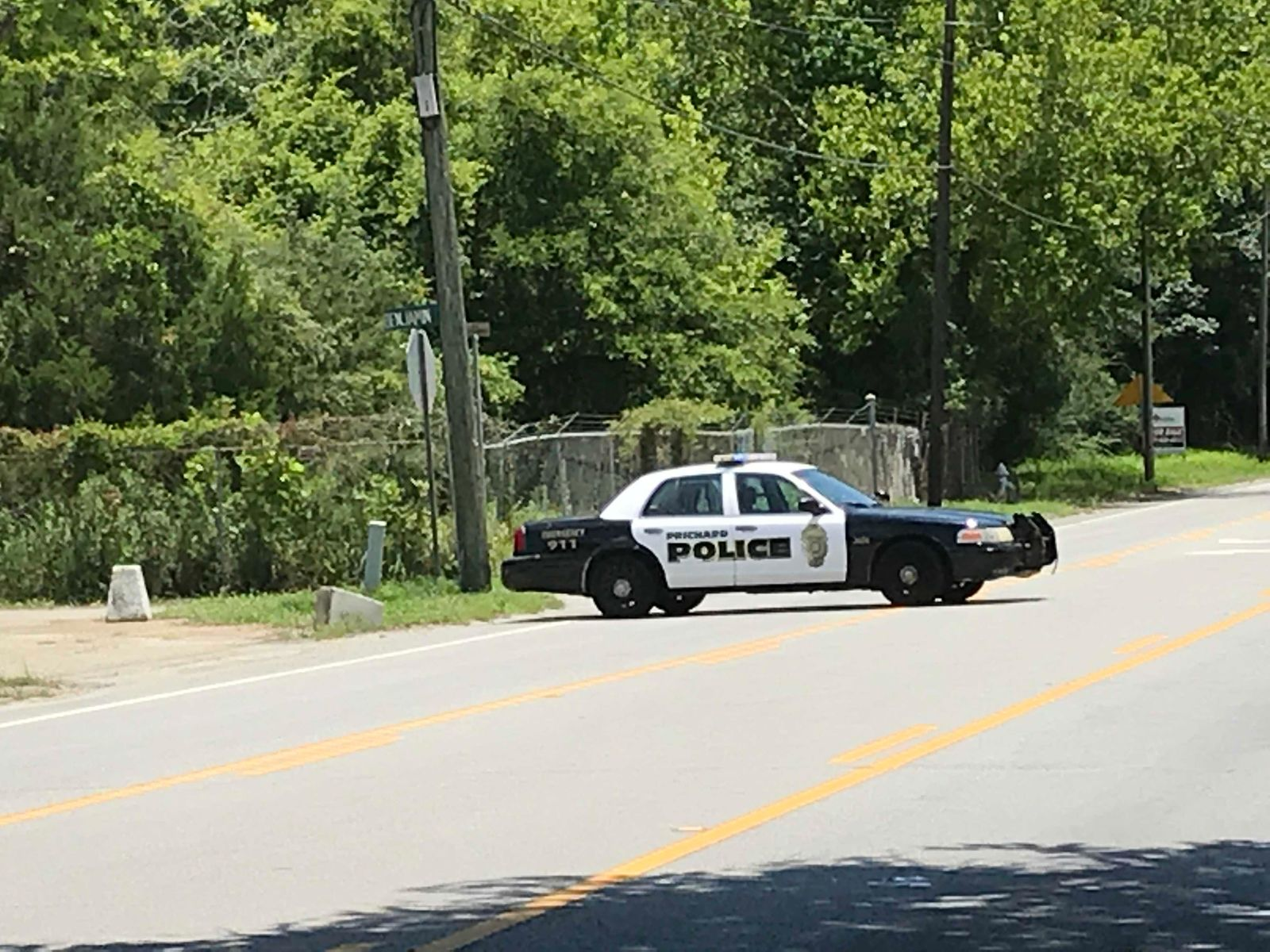 (IMG: WPMI) Prichard police investigate homicide on Telegraph Road