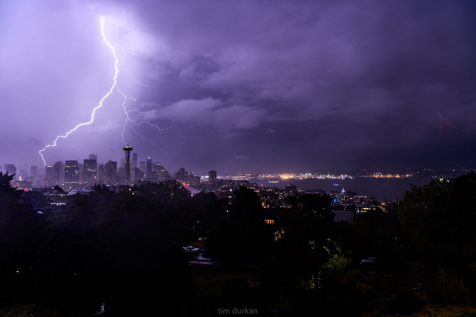 Lightning strikes over Seattle on Sept. 7, 2019 (Photo: Tim Durkan Photography)