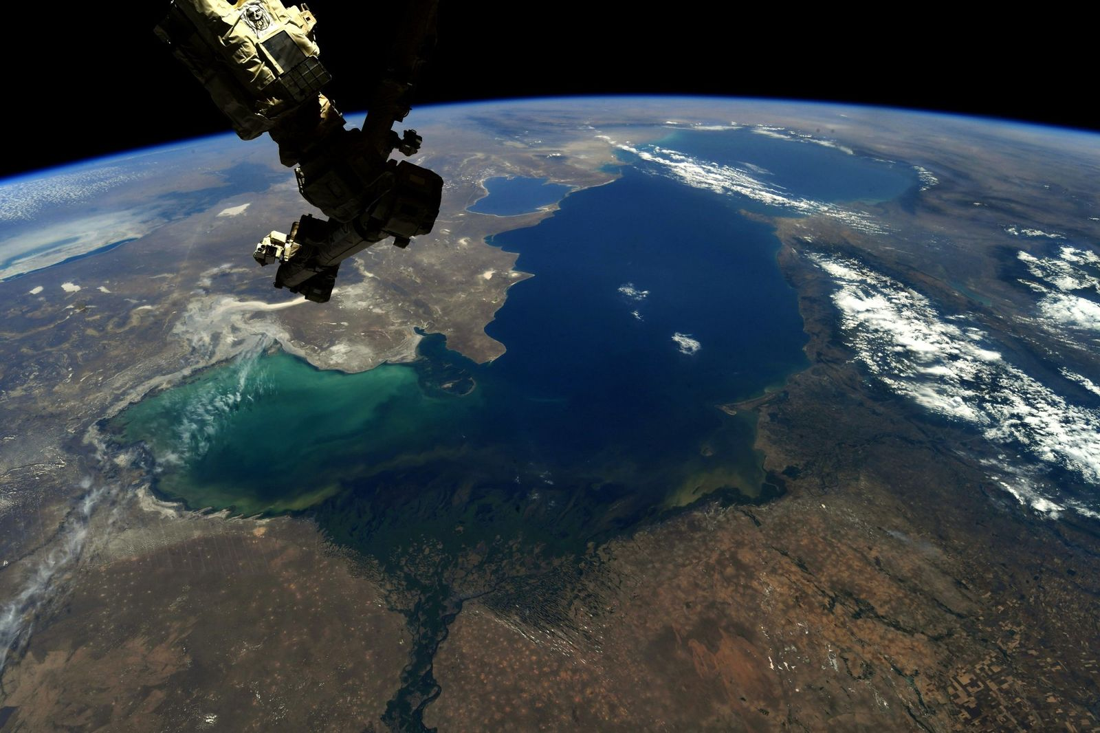 The verdant delta where the #Volga River completes its epic journey and empties into the #Caspian Sea. (Photo & Caption Ricky Arnold, NASA)