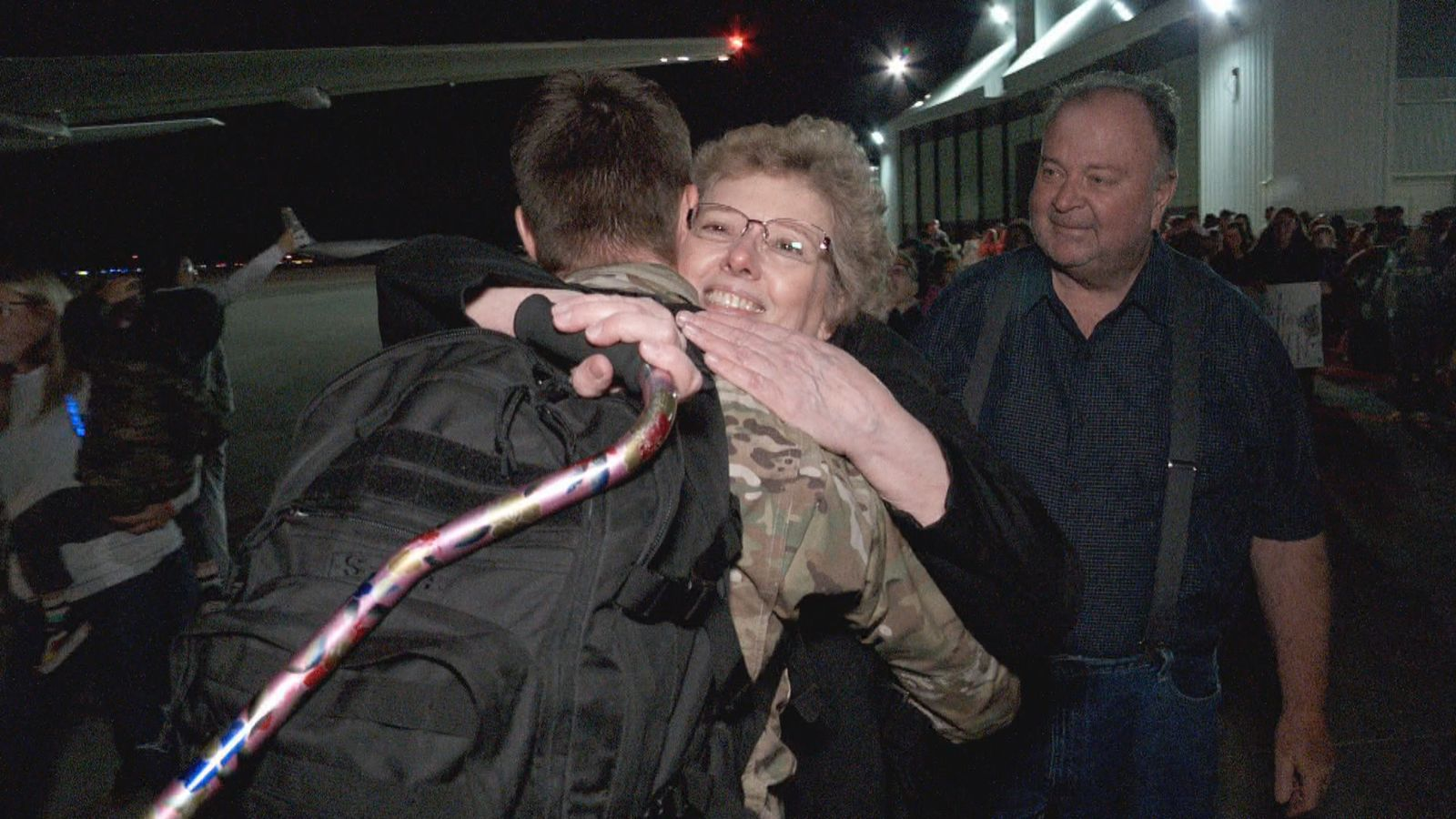 <p>Just after midnight on Monday, more than 100 members of the Utah Air National Guard returned home. (Photo: KUTV)</p>