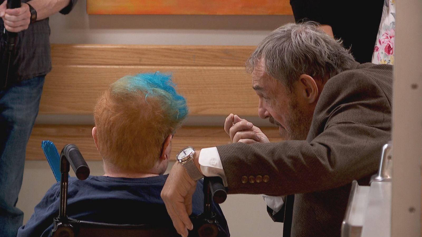 Actor{ }John Rhys-Davies of Lord of the Rings and Indiana Jones fame chats with a patient{ } at Primary Children's Hospital in Salt Lake City, Utah on September 5. 2019. (Photo: KUTV)