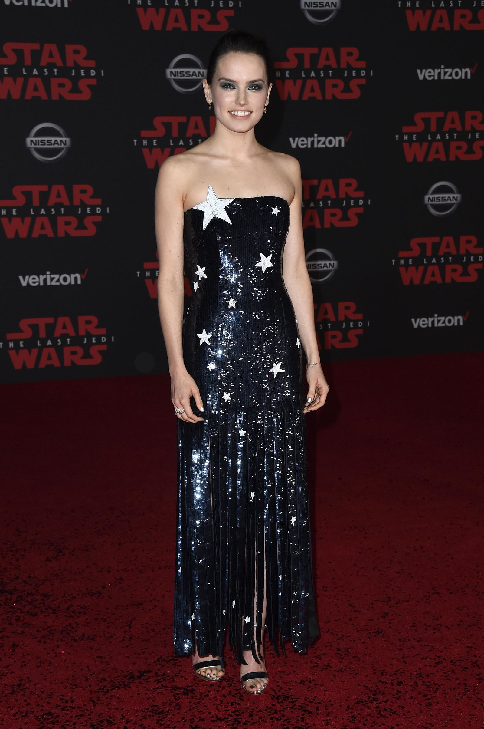 "Daisy Ridley arrives at the Los Angeles premiere of ""Star Wars: The Last Jedi"" at the Shrine Auditorium on Saturday, Dec. 9, 2017 in Los Angeles. (Photo by Jordan Strauss/Invision/AP)"
