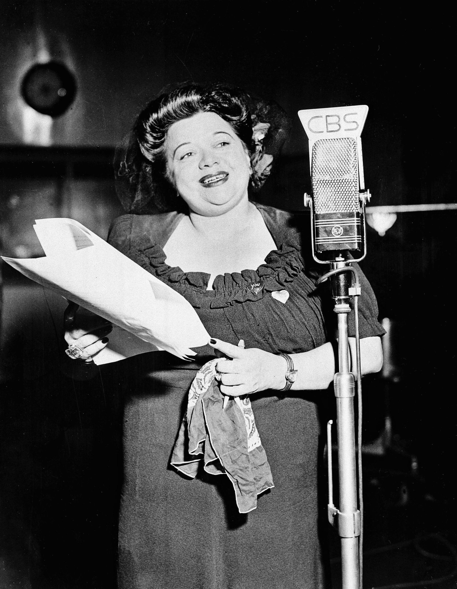 "FILE - In this Jan. 1, 1944 file photo, Mildred Bailey, a jazz singer of the Coeur d'Alene American Indian tribe, performs on her musical radio program ""Mildred Bailey and Company"" in New York City. ""RUMBLE: The Indians Who Rocked the World,"" a new PBS Independent Lens documentary set to air Monday, Jan 21, 2019, shows how Native Americans laid the foundations to rock, blues and jazz. (AP Photo, File)"