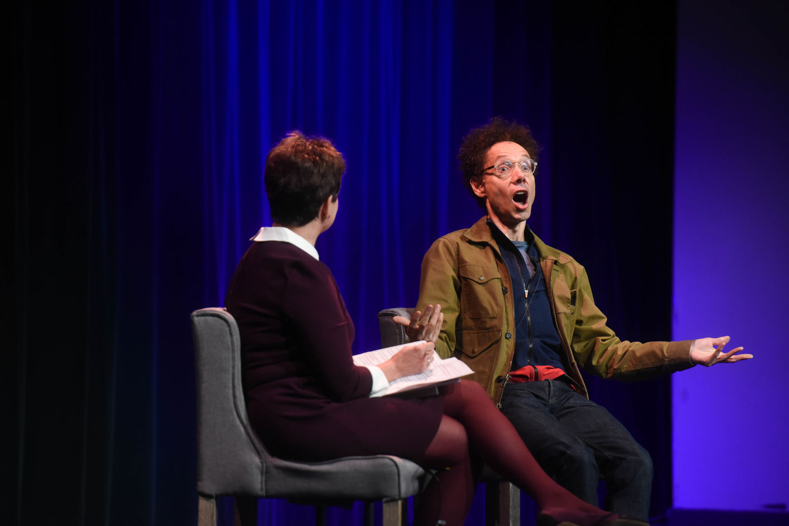Malcolm Gladwell is interviewed by Demetria Kalodimos at the Fall Leadership Breakfast at Belmont University in Nashville, Tennessee, October 22, 2019. Photos: Belmont University.