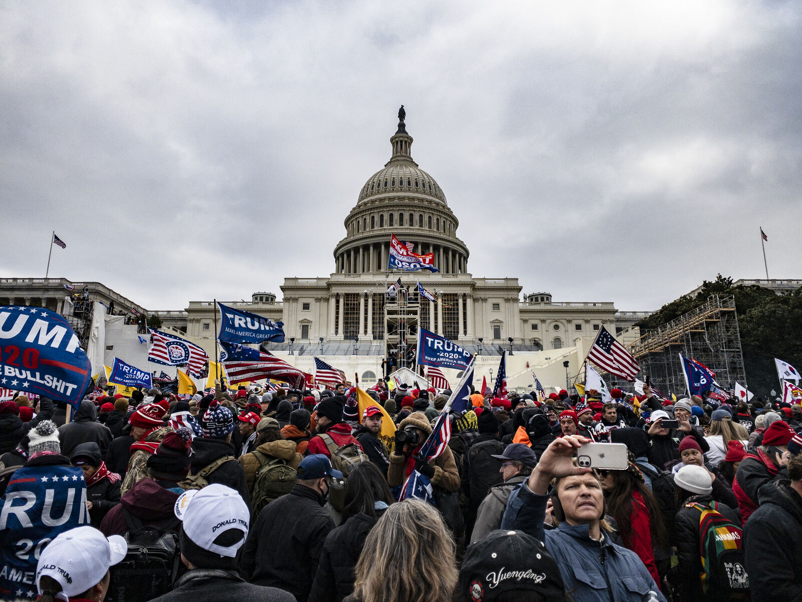 Pro-Trump supporters storm the U.S. Capitol following a rally with President Donald Trump on January 6, 2021 in Washington. (Photo by Samuel Corum/Getty Images)