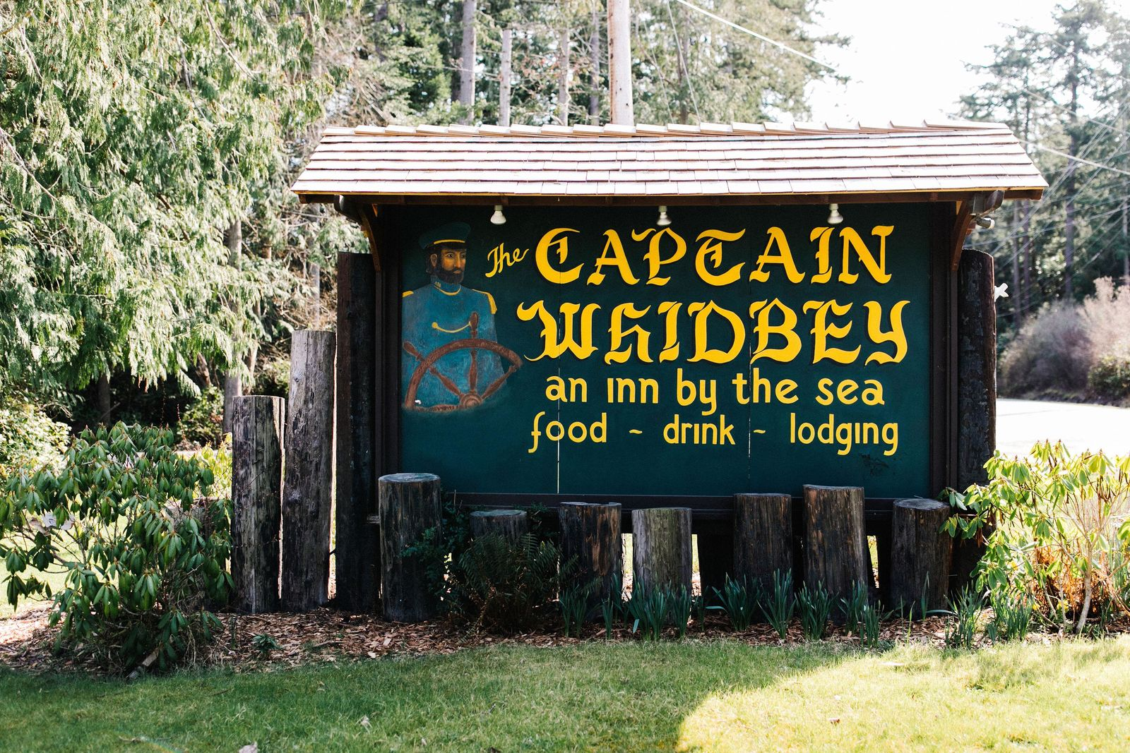 (Image courtesy of Captain Whidbey Inn).