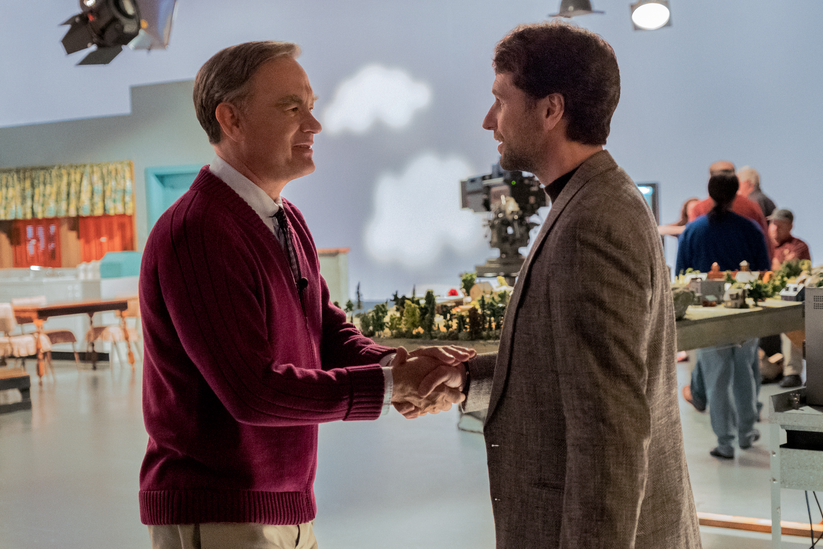 Mister Rogers (Tom Hanks) meets journalist Lloyd Vogel (Matthew Rhys) in TriStar Pictures' 'It's A Beautiful Day in the Neighborhood' | Photo:{&nbsp;}Sony Pictures Entertainment<p></p>
