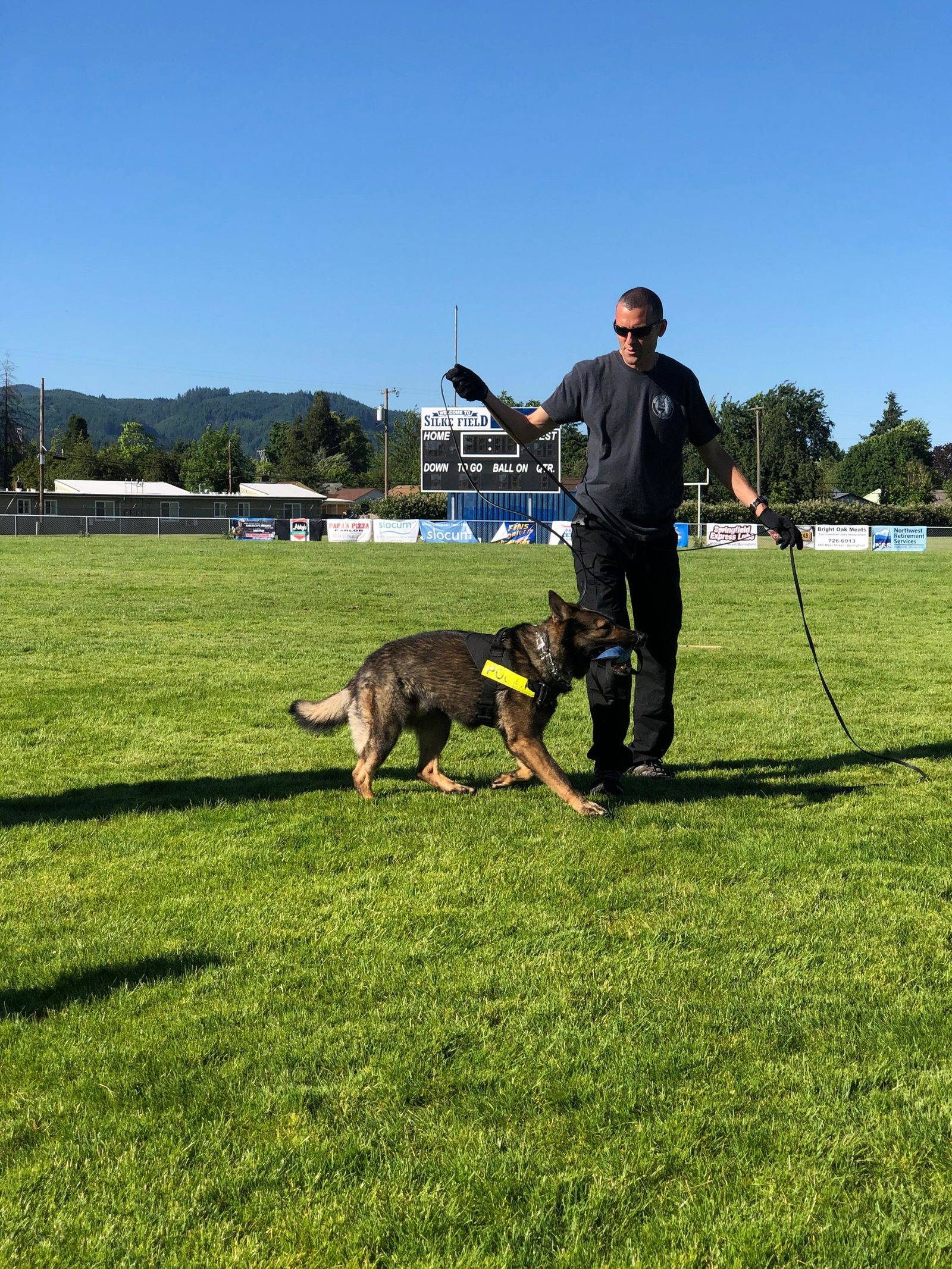 Oregon police K9 units prep for Saturday competition in Springfield